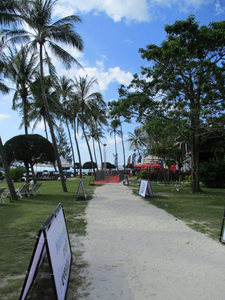 The run course through the grounds of the Meritus Pelangi Hotel